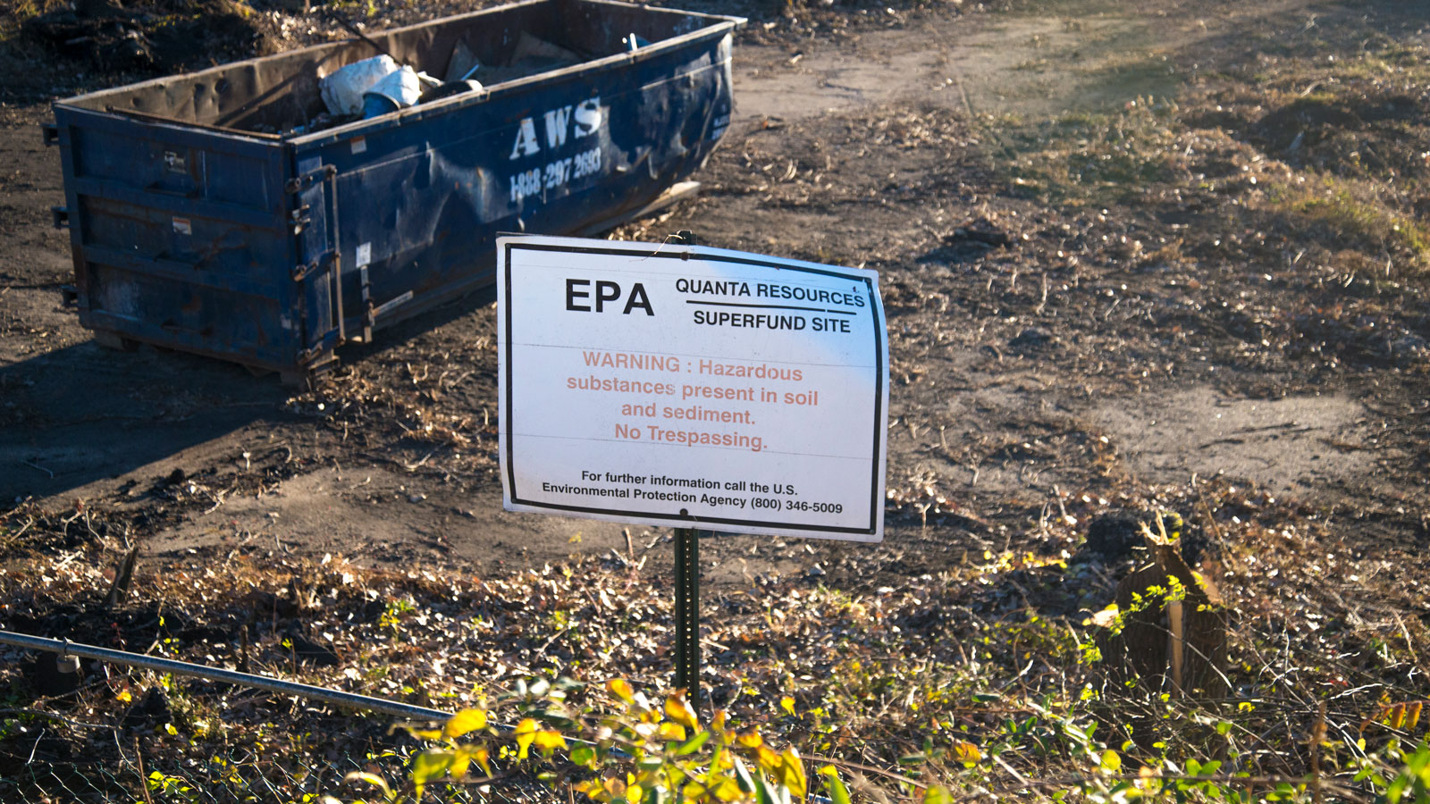 <h4>Toxic waste in the U.S.</h4><p>There are 1,327 toxic waste sites in the U.S. that are so dangerous they are on the EPA's National Priorities List.</p>